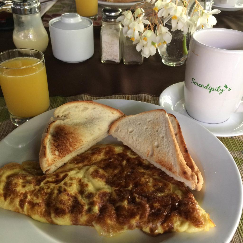 egg and toast breakfast